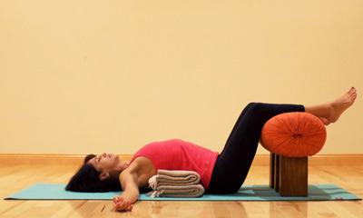 Studio dell'Asana Yoga Asana Vata